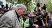 مئة صحافي أسترالي يواجهون السجن لتغطيتهم قضية الكاردينال بيل